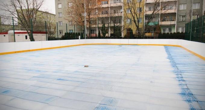 Otwarcie lodowiska w Wołominie