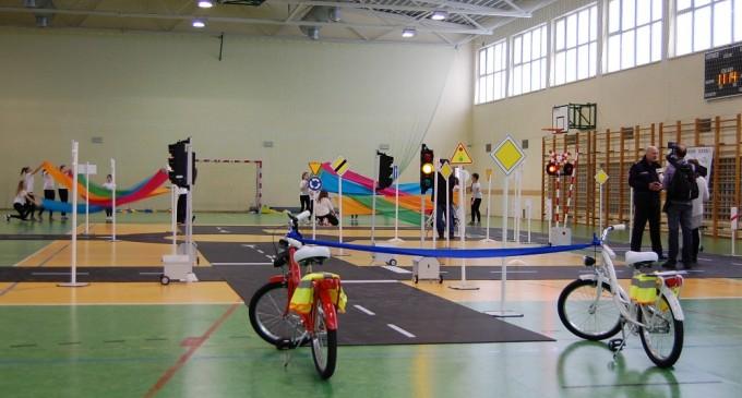 Inauguracja mobilnego miasteczka rowerowego w Markach